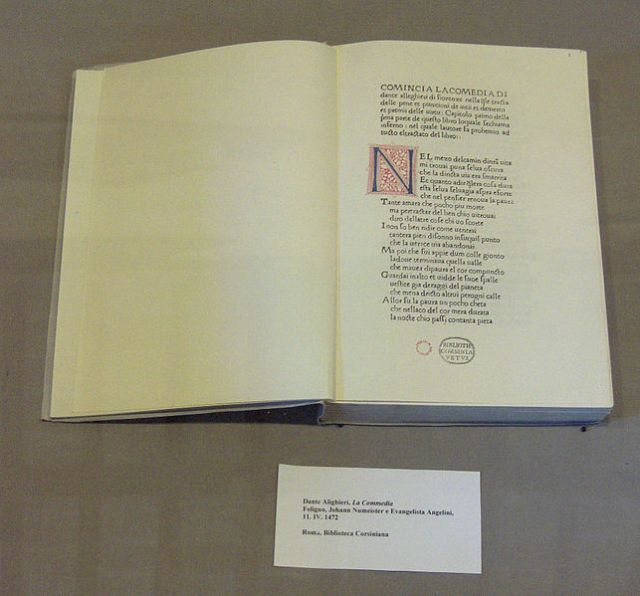 First printed edition of the Divine Comedy, such as Michelangelo might have readThis file is licensed under the Creative Commons Attribution-Share Alike 3.0 Unported, 2.5 Generic, 2.0 Generic and 1.0 Generic license by JoJan