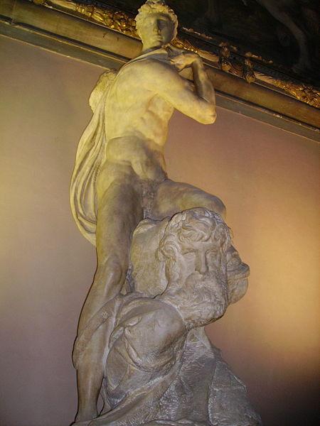 450px-Michelangelo-Genius_of_Victory-Palazzo_vecchio